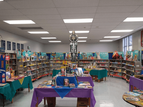 Fall Bookfair! Sir Readalot welcomes you to our Kingdon of books